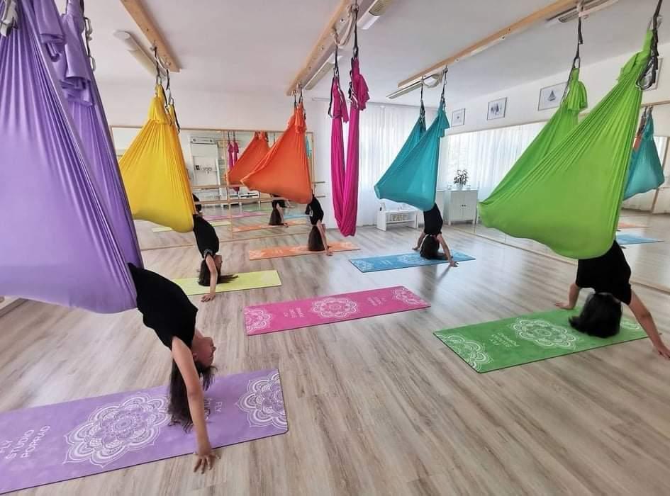 eva capkova fly yoga poprad